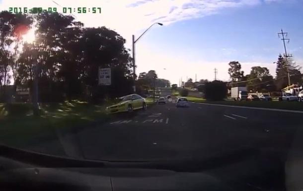 СМИ посмеялись над конфузом водителя-хвастуна