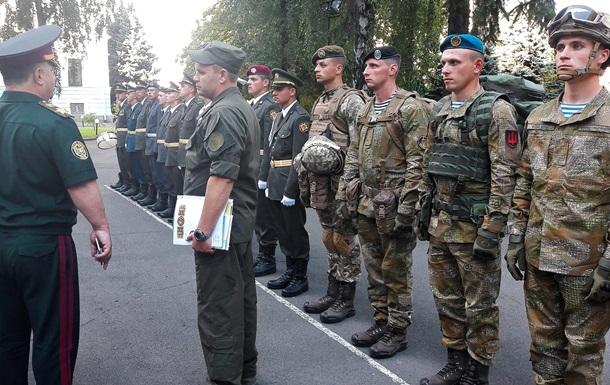 Глава Минобороны показал новую форму военных