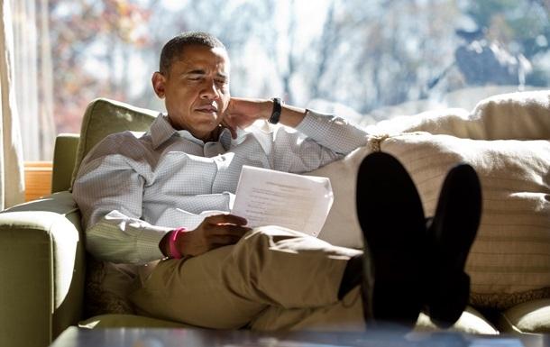 Обама розповів, які книги прочитає під час відпустки