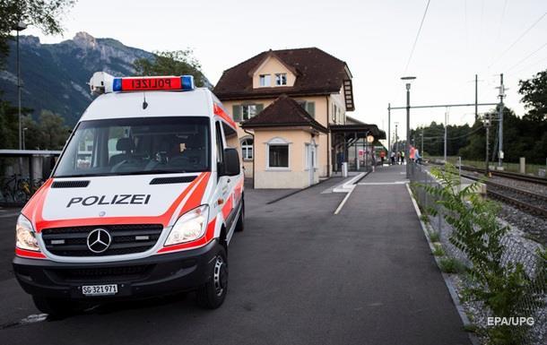 Напавшего на поезд в Швейцарии пока не могут допросить