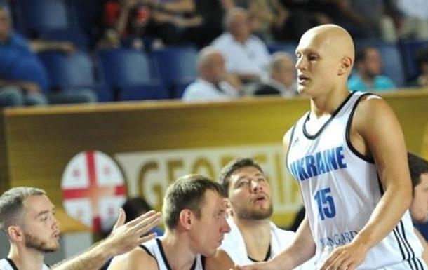 Украина справилась с Голландией в баскетбольном турнире