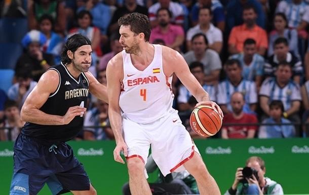Баскетбол. Испания прорывается в четвертьфинал и выходит на Францию