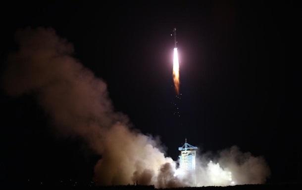 Китай запустив перший у світі супутник квантового зв язку