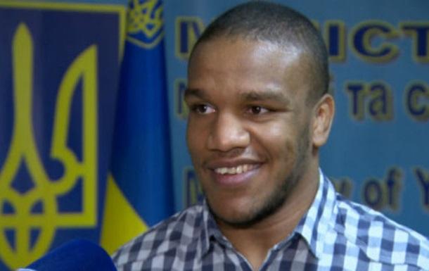 Украинский борец намекнул на смену гражданства