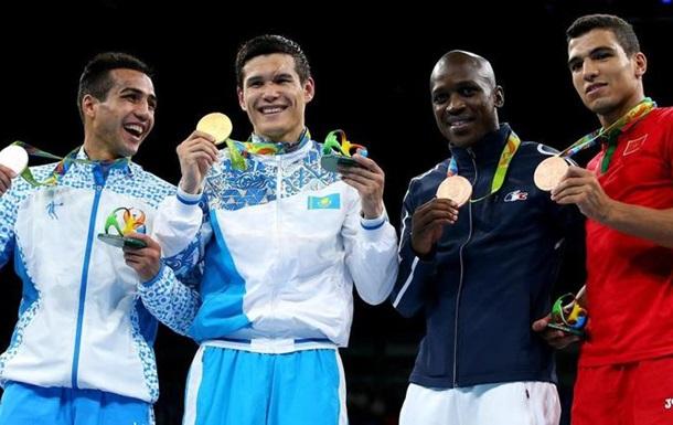 Бокс. Золото полусреднего веса отправляется в Казахстан