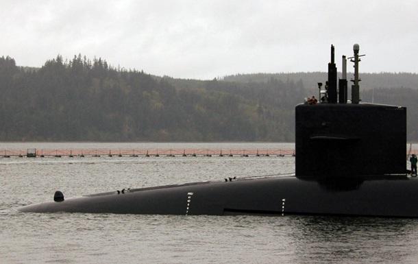 Атомная подлодка США столкнулась с военным кораблем