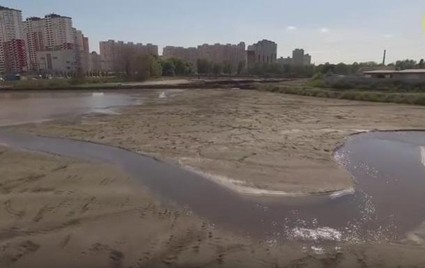 Дарницкая ТЭЦ в Киеве скидывает отходы в озеро - активисты