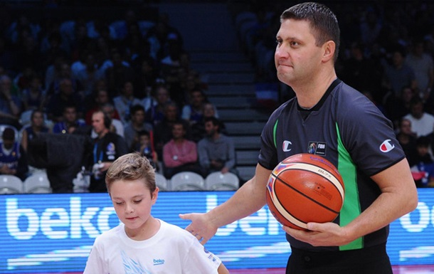 Баскетбол. Украинский арбитр обслужит финал Олимпиады