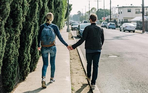 Кохання з першого погляду не існує - вчені