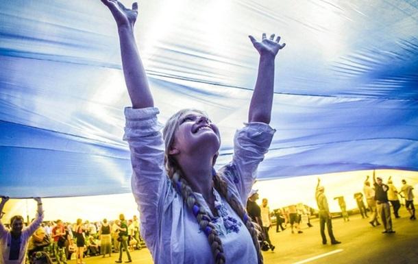 Первые лица поздравили украинцев с Независимостью