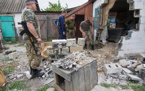 Доба в АТО: обстріли з артилерії і мінометів