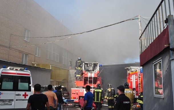 Кількість загиблих у пожежі в Москві зросла