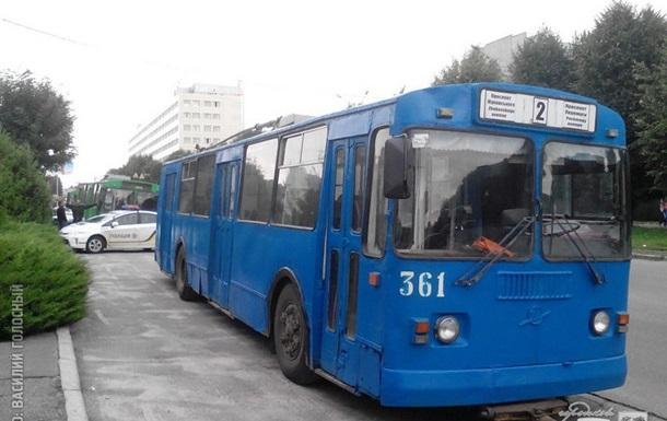 В Харькове остановилась половина электротранспорта