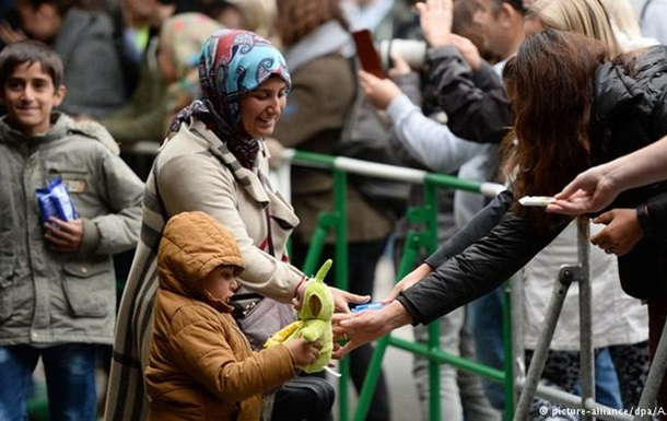 Німеччина цього року чекає прибуття до 300 тисяч біженців