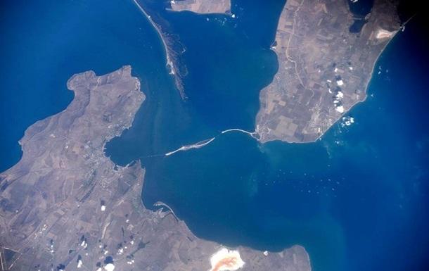 Керченський міст показали з МКС