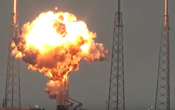 Опубликовано видео взрыва ракеты Falcon 9