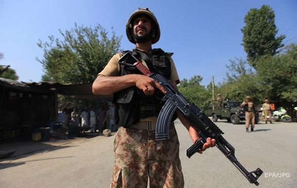 Вибух у суді в Пакистані: 11 загиблих