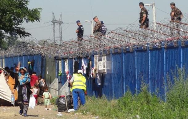 В Венгрии на работу набирают  охотников  для отлова беженцев