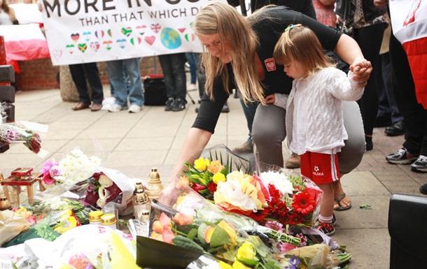 Министры Польши едут в Лондон из-за серии нападений на поляков