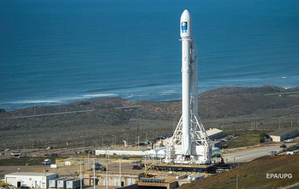 Акції Spacecom впали на 40% після вибуху Falcon
