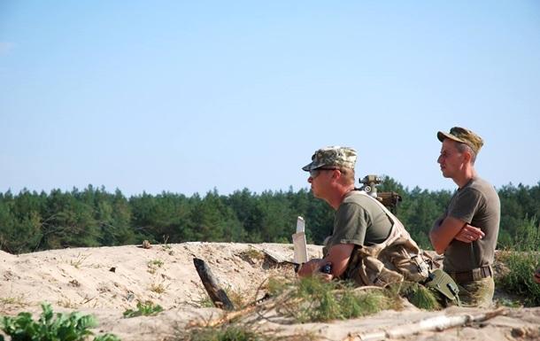 Позиции военных обстреляли восемь раз за сутки - штаб АТО