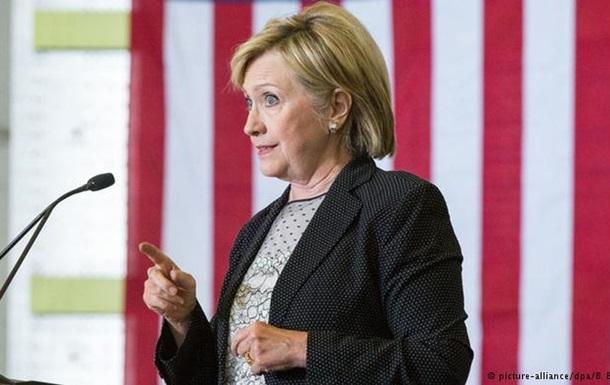 Отправленные с личного сервера письма не имели грифа секретно – Клинтон