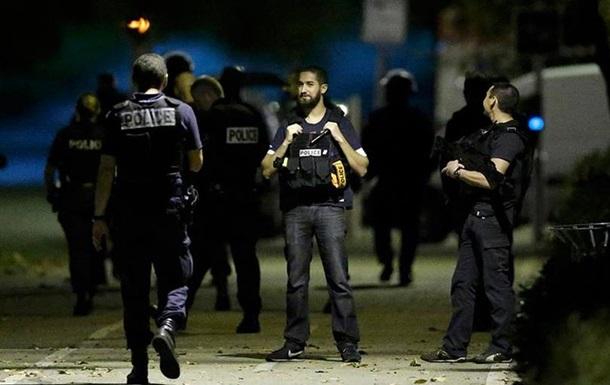 У Франції затримали трьох підозрюваних у тероризмі жінок