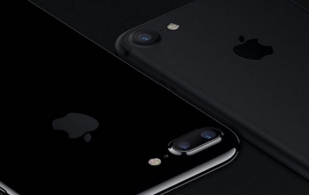 Черные iPhone 7 раскупили за считанные часы