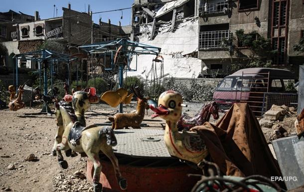 Самолеты разбомбили рынок в Сирии: 25 погибших