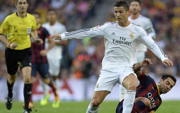 Роналду:  У меня есть три Золотых мяча, а Хави играет в Катаре