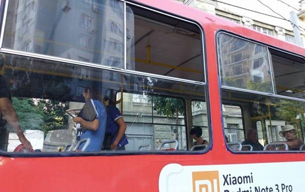 В одеському трамваї пасажир влаштував стрілянину