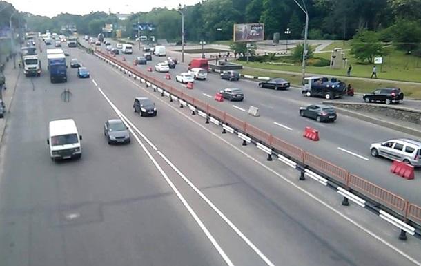 В Киевавтодоре озвучили стоимость ремонта проспекта Победы