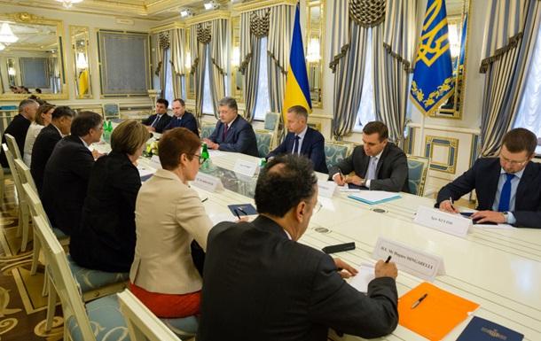 Порошенко закликав не визнавати виборів РФ у Криму