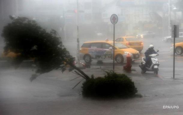 На Тайвань обрушился тайфун Меранти
