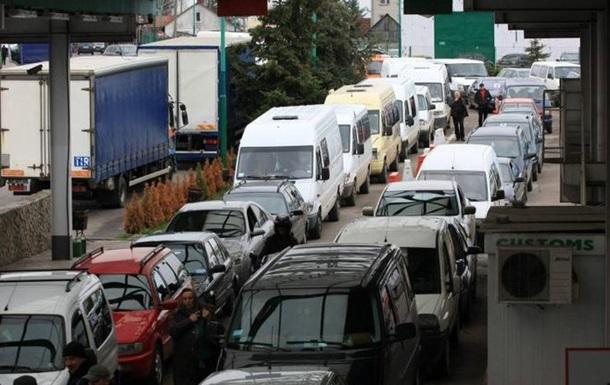 На границе с Польшей скопилось 850 авто