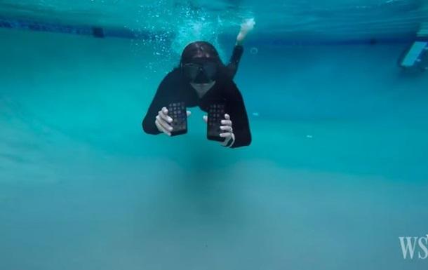 Час работы. Новый iPhone испытали под водой