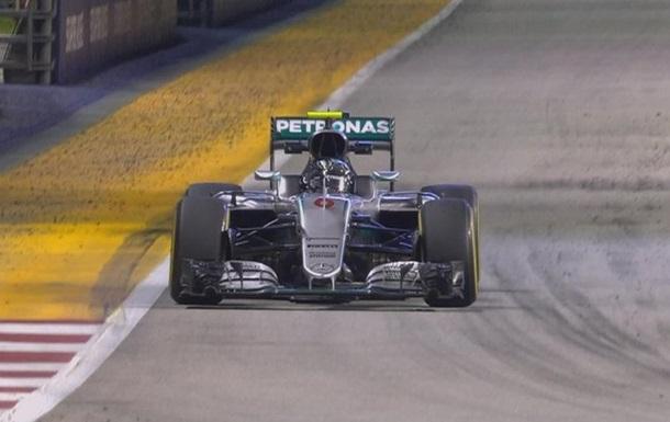 Формула-1. Гран-при Сингапура. Росберг — лидер второй тренировки