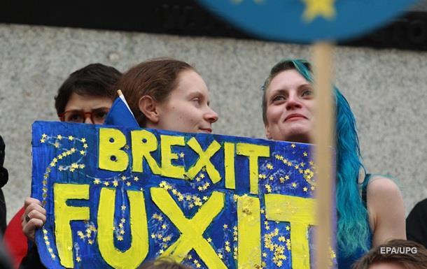 Британії загрожують штрафи за торгові переговори до Brexit