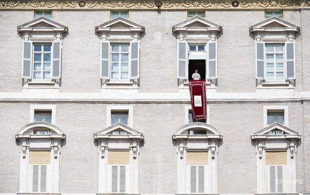 Папа Римский сравнил коррупцию с наркотиком