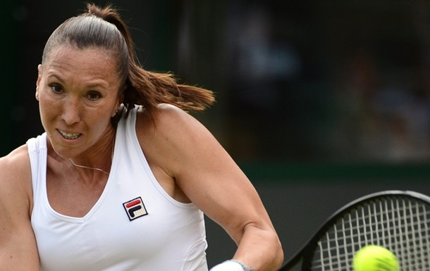 Гуанчжоу (WTA). Кінг вилітає, Говорцова і Шуай Пен йдуть далі