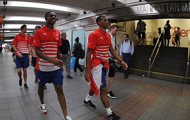 Як зірки футболу їздять у громадському транспорті