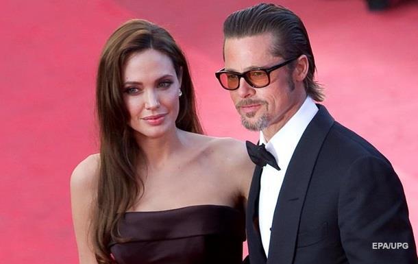 ЗМІ показали нерухомість Джолі і Пітта