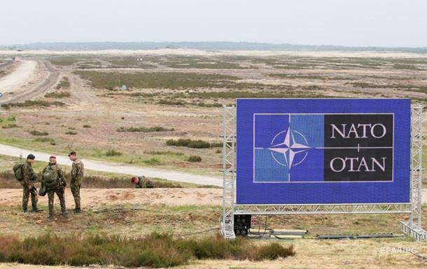 Порошенко попросив НАТО розширити співпрацю