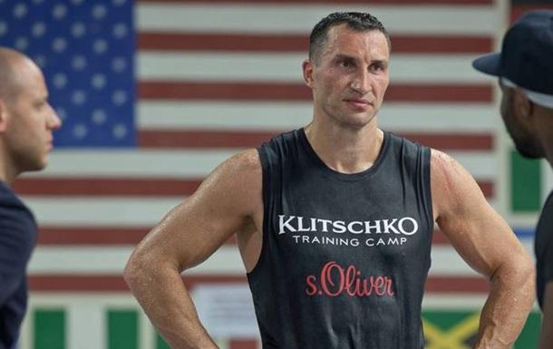 Кличко проведе наступний бій 10 грудня