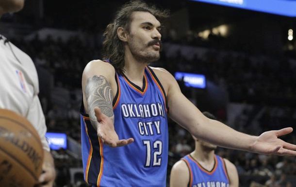 НБА. Центровой Оклахомы рассказал, как избегал трэш-тока Гарнетта