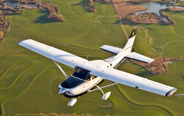 В Канаде разбился легкомоторный самолет
