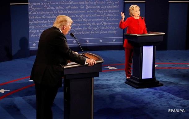 Трамп хвалит Путина - Клинтон