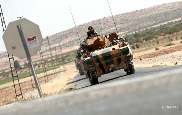 У Туреччині підірвали автобус з військовими: десятеро загиблих