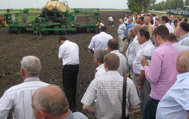 Запорожские аграрии потребовали от президента восстановить связи с Россией