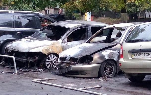В Харькове неизвестные подожгли пять авто